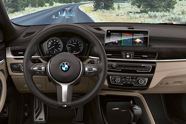 2019 BMW X2 HEAD-UP DISPLAY Interior & Technology
