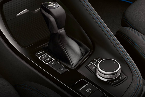 2020 BMW X2 8-speed STEPTRONIC automatic transmission