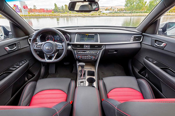 2019 Kia Optima Interior Features & Technology