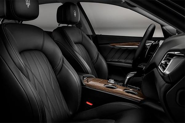 2019 Maserati Levante GranLusso Front Seat Interior