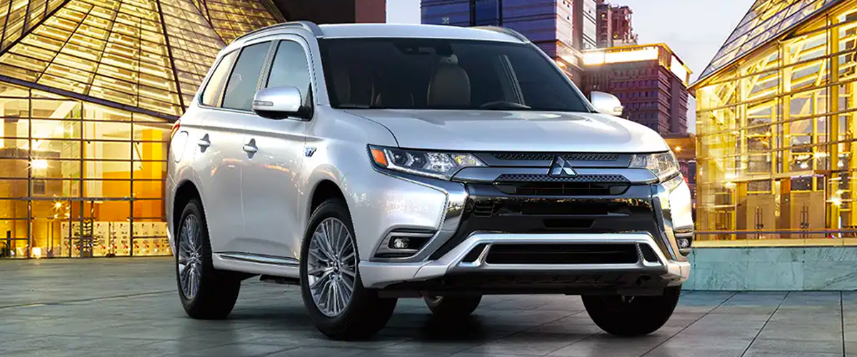 Introducing The New 2019 Outlander PHEV header