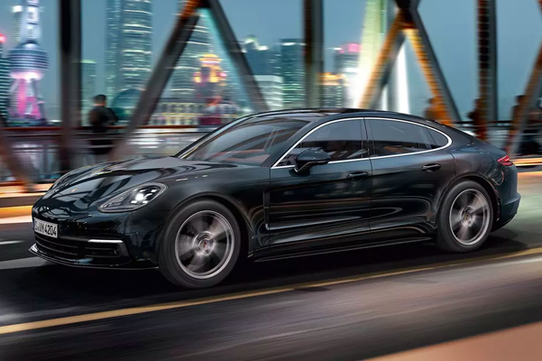 2019 Porsche Panamera Specs, Performance & Safety Features