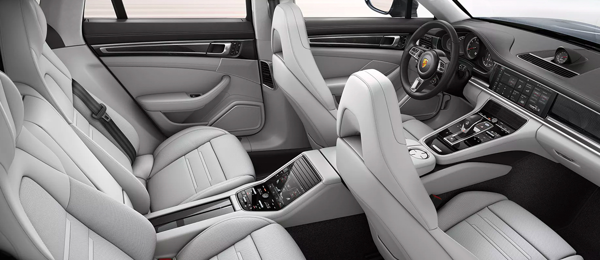 2019 Porsche Panamera Interior Features & Technologies