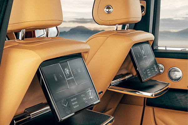 Rolls-Royce Cullinan entertainment options