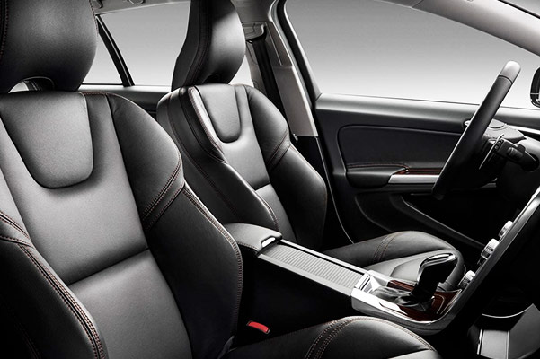 2018 Volvo V60 Interior Features