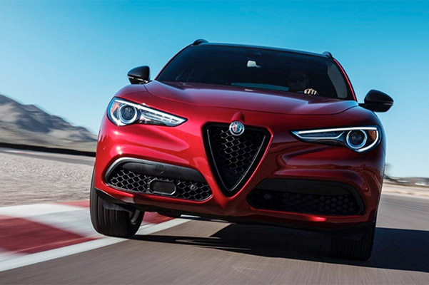 Alfa Romeo Stelvio in motion front view