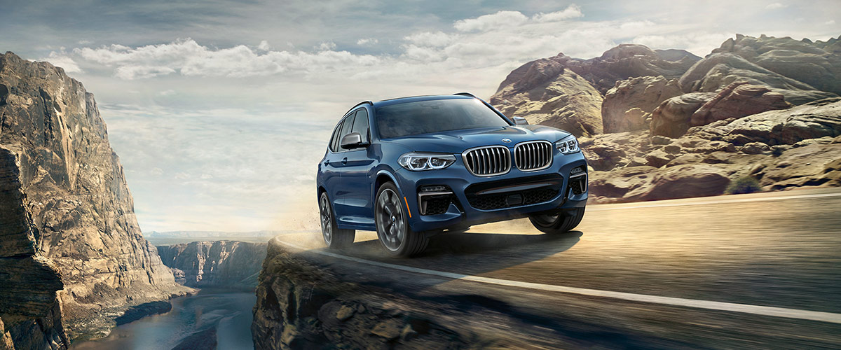 The BMW X3 on an adventurous cliffside drive