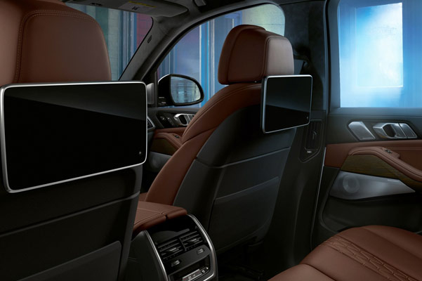 2020 BMW X5 Interior & Technology