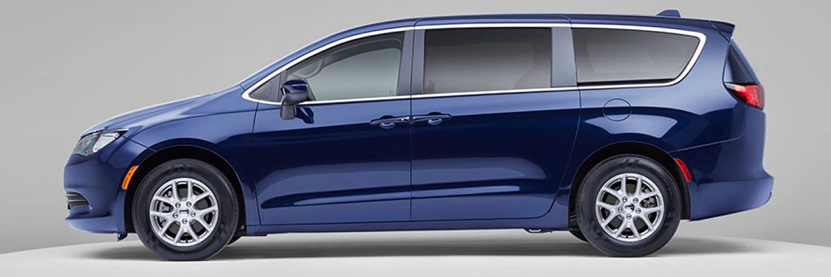 2020 Chrysler Voyager Interior Features & Technology