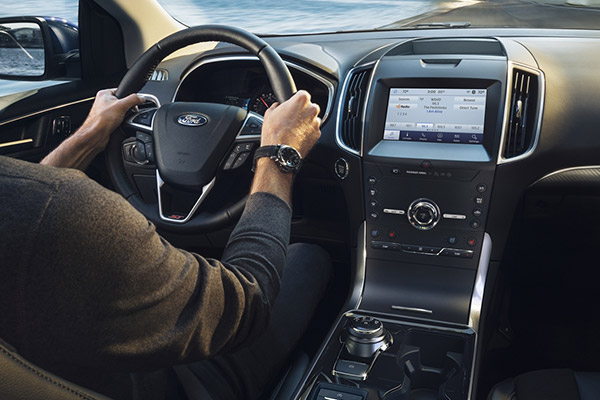 2020 Ford Edge Interior & Technology
