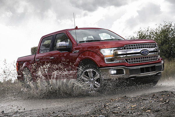 2020 Ford F-150 LARIAT SuperCrew in Rapid Red