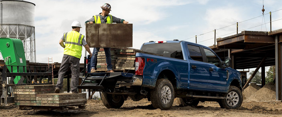 2020 Ford Super Duty from rear being loaded