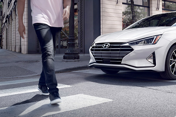 2020 Hyundai Elantra MPG & Safety