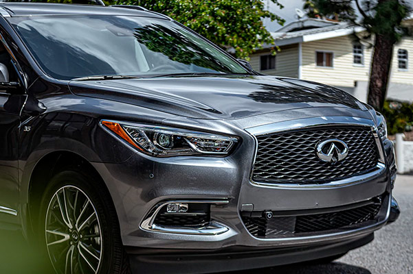 2020 INFINITI QX60 at home