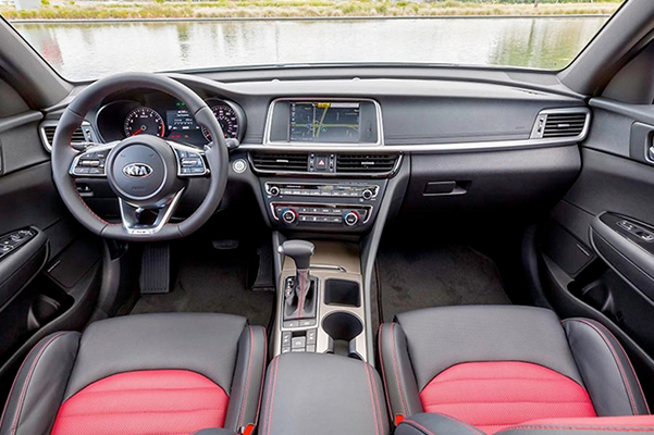 2020 Kia Optima Interior Features & Technology