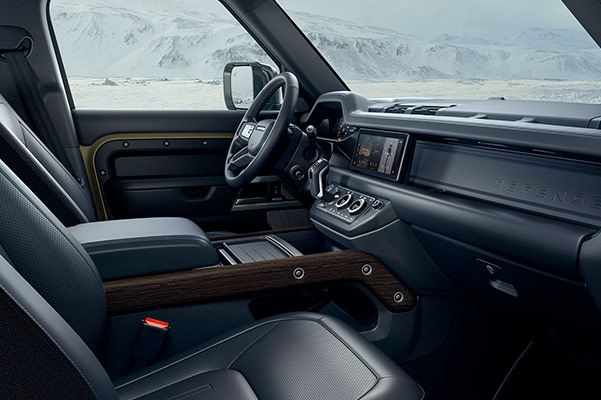 2020 Land Rover Defender Interior & Technology