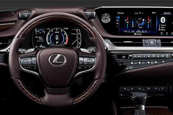 New 2020 Lexus ES Interior & Technology