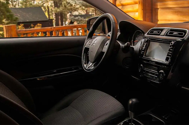 Life-sized comfort, featuring Bluetooth® compatible steering wheel and 6.5 inches Smartphone-link Display Audio System