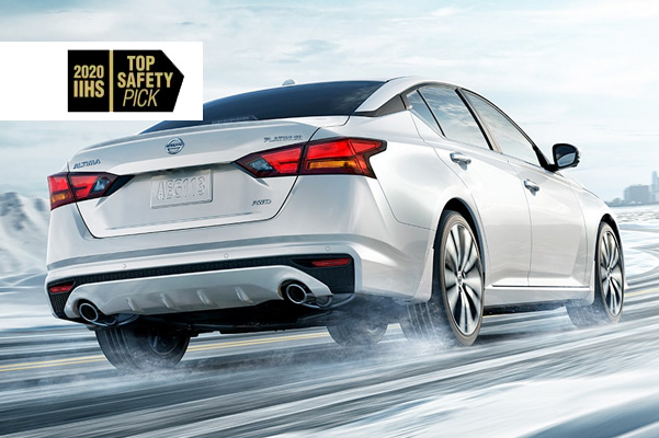 Altima with IIHS Top Safety Pick logo