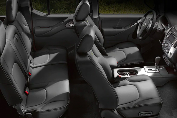 Nissan Frontier Crew Cab interior seating