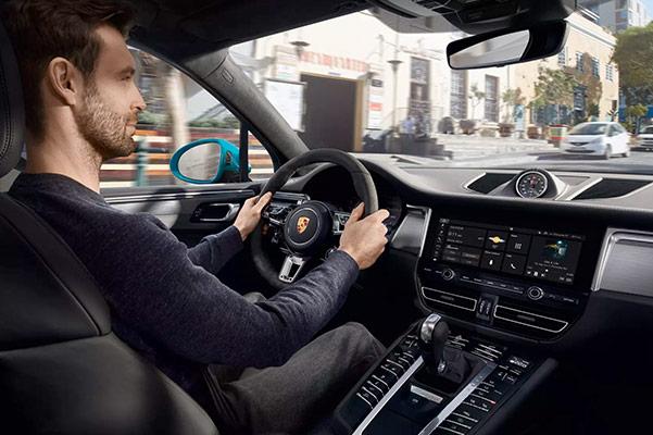2020 Porsche Macan Interior, Technology & Design