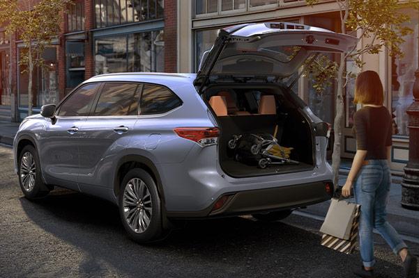2020 Toyota Highlander Back Hatch