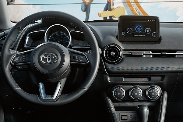 2020 Toyota Yaris Interior & Technology