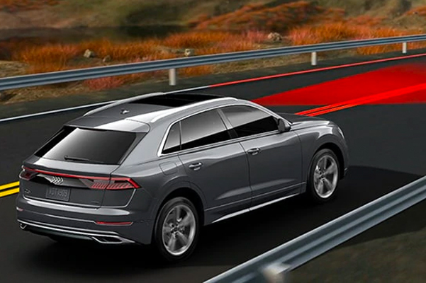 Audi active lane assist warning with Emergency assist