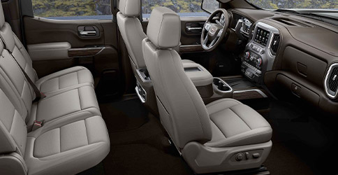 Interior shot of the seating in a 2021 GMC Sierra 1500