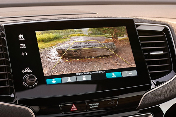2021 Honda Passport Elite interior view of multi-angle rearview camera on the Display Audio touch-screen.