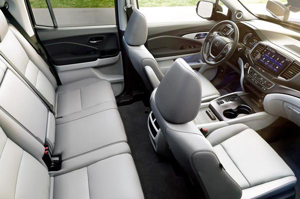2021 Honda Ridgeline Rear with back hatch open