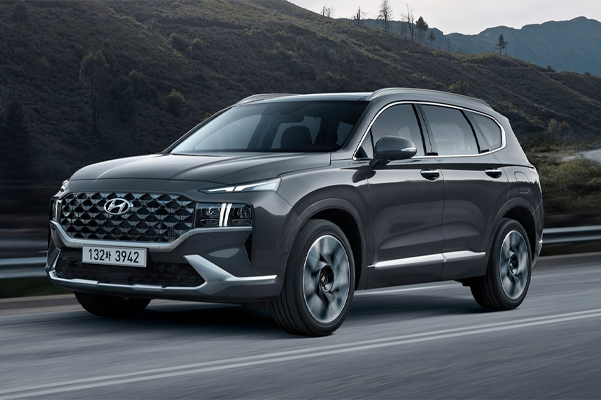 2021 Hyundai Santa Fe Three quarter view
