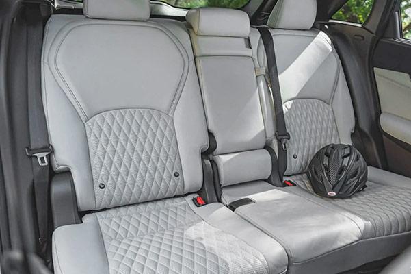 2021 INFINITI QX50 rear seats