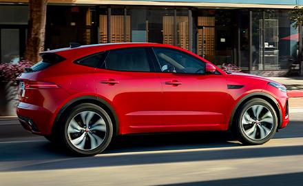 Jaguar E‑PACE in Caldera Red.