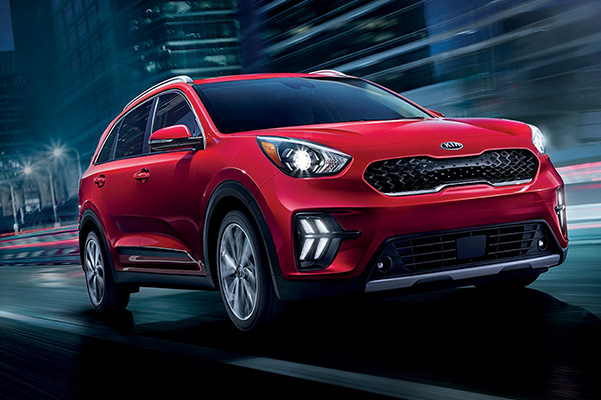 2020 Kia Niro exterior on road