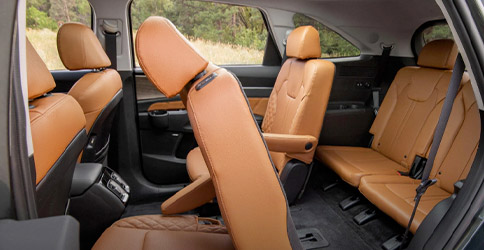 interior seating in the 2021 kia sorento