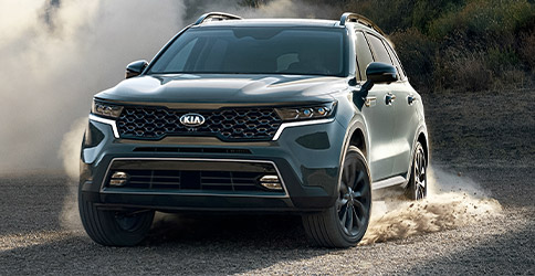 2021 Kia Sorento With Adaptive All-Wheel Drive Three-Quarter View
