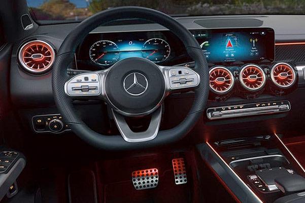 2021 Mercedes-Benz GLB Dashboard