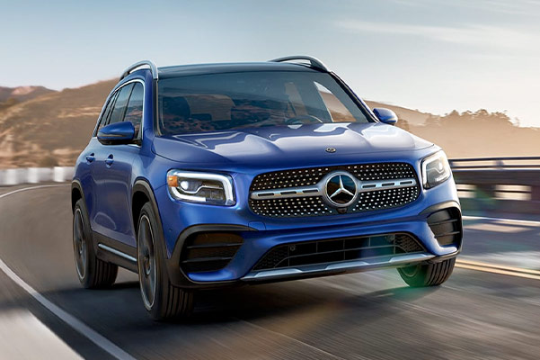 2021 Mercedes-Benz GLB Front driving on road