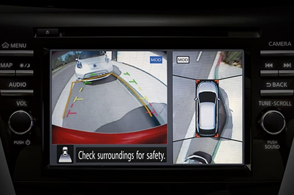 Nissan Murano illustration showing intelligent around view monitor display