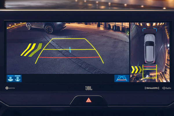 2021 Toyota Venza back-up camera in action
