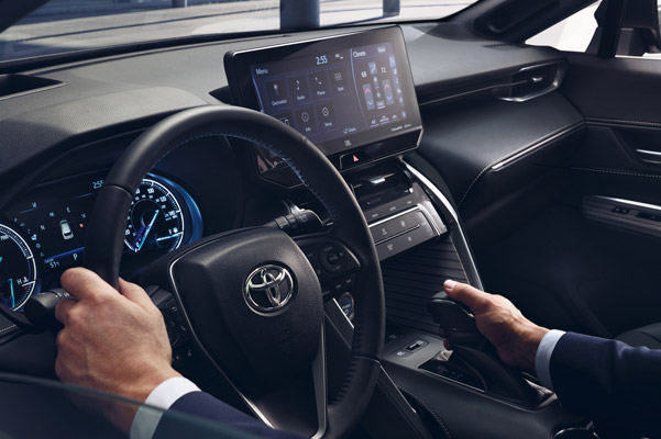 2021 Toyota Venza innterior display