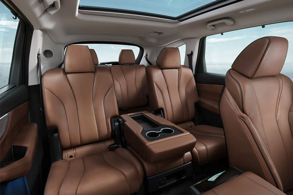 Advance PAckage with Espresso interior