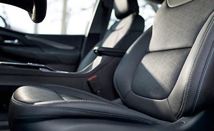 Bolt EV Interior Photo: Front Seats