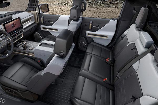 2022 HUMMER EV seats