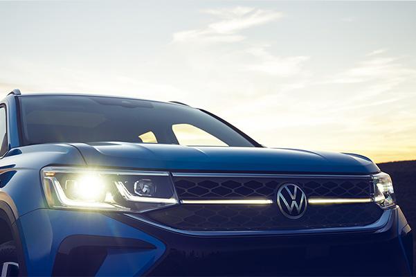 2022 Volkswagen Taos front end