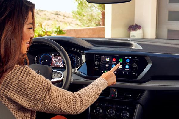 2022 Volkswagen Taos dashboard system